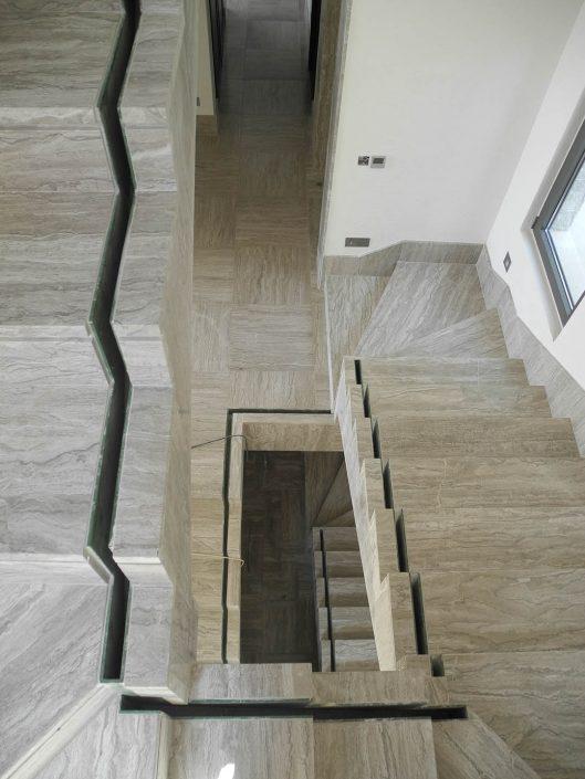 Δίδυμα ανοιχτό μαρμάρινη σκάλα